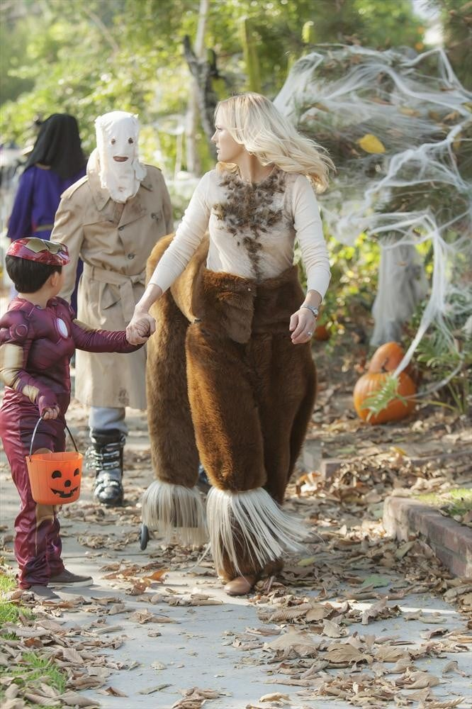 Trophy Wife Kate (Malin Akerman) dons a centaur costume on the ...