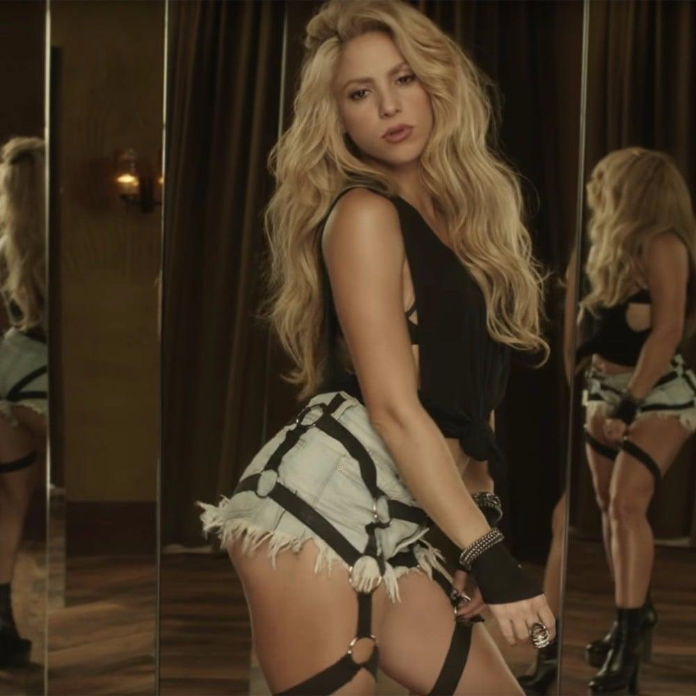 Shakira And Malumas Chantaje Music Video