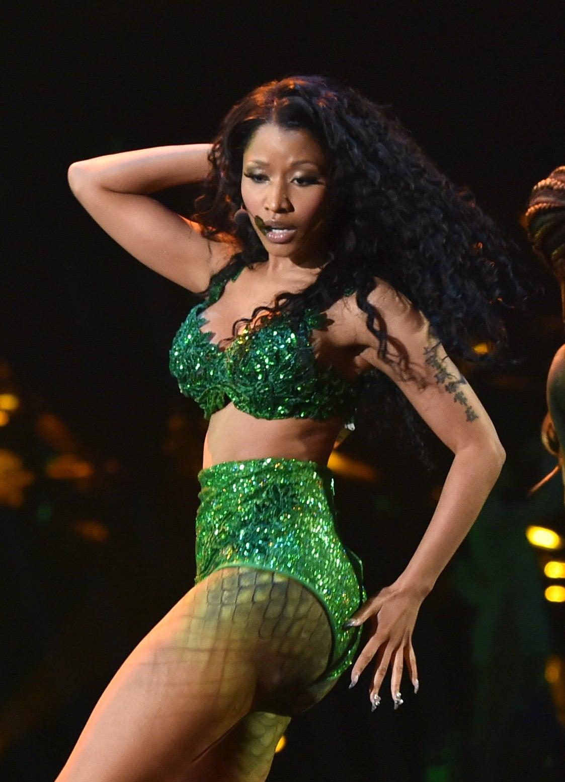 Nicki Minaj Nearly Missed a Wardrobe Malfunction During Her Raunchy VMAs Performance