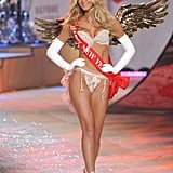 Erin Heatherton wore gold wings on the Victoria's Secret Fashion Show runway.