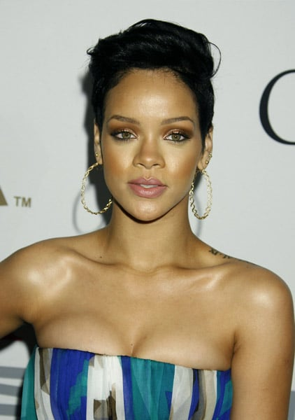 Roundup Of The Latest Entertainment News Stories — Rihanna Won't Press Charges Against Chris Brown
