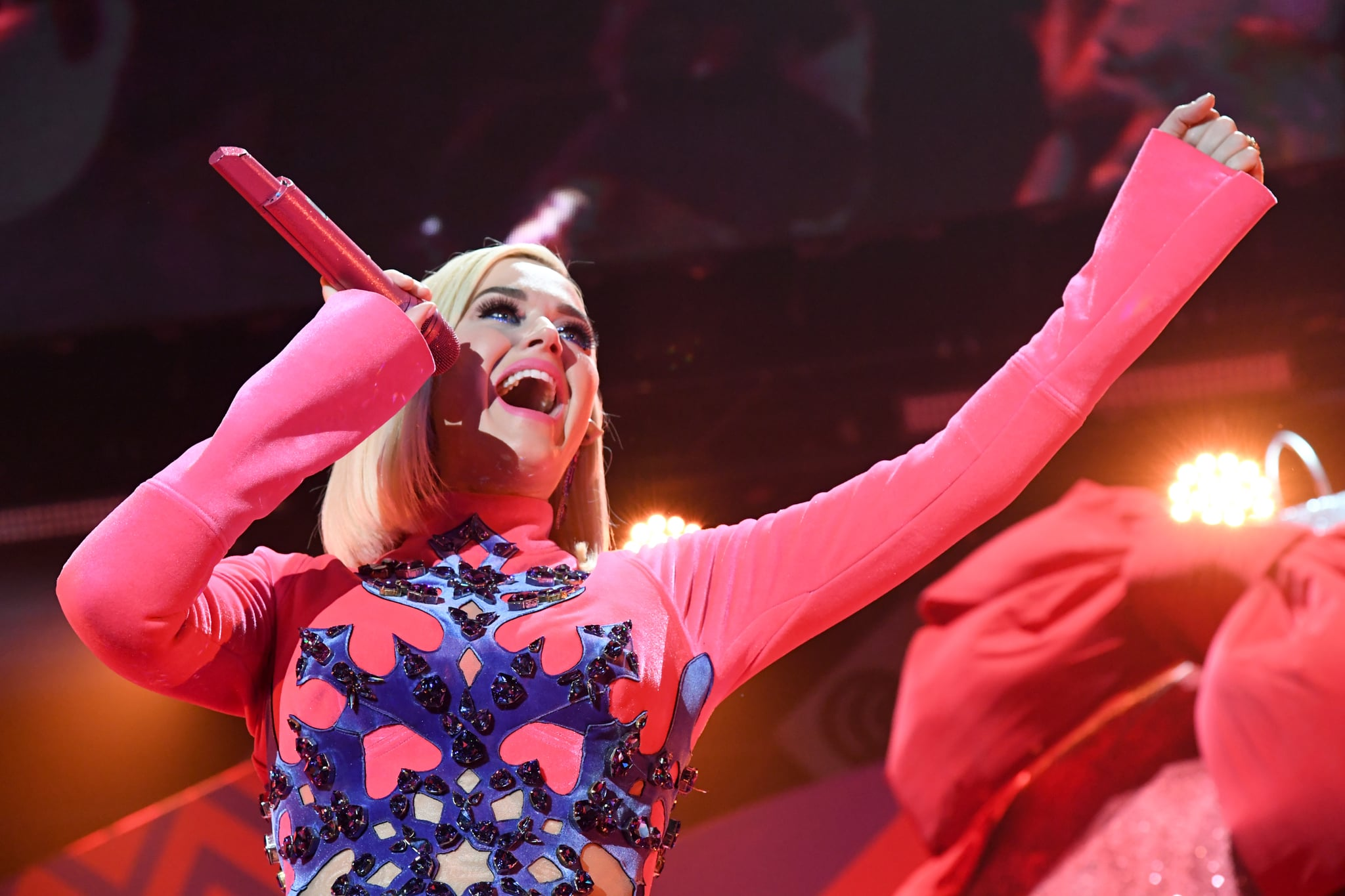 INGLEWOOD, CALIFORNIA - DECEMBER 06: (EDITORIAL USE ONLY. NO COMMERCIAL USE.) Katy Perry performs onstage during 102.7 KIIS FM's Jingle Ball 2019 Presented by Capital One at the Forum on December 6, 2019 in Los Angeles, California. (Photo by Jeff Kravitz/FilmMagic for iHeartMedia)