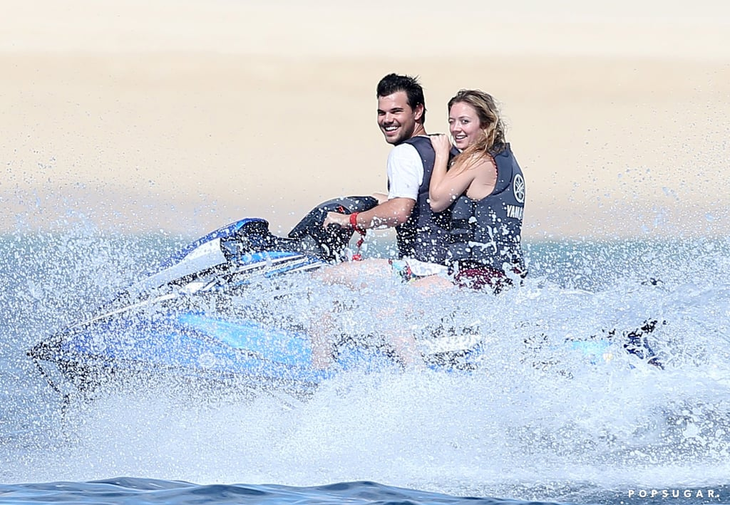 Billie Lourd and Taylor Lautner in Mexico Pictures Jan. 2017