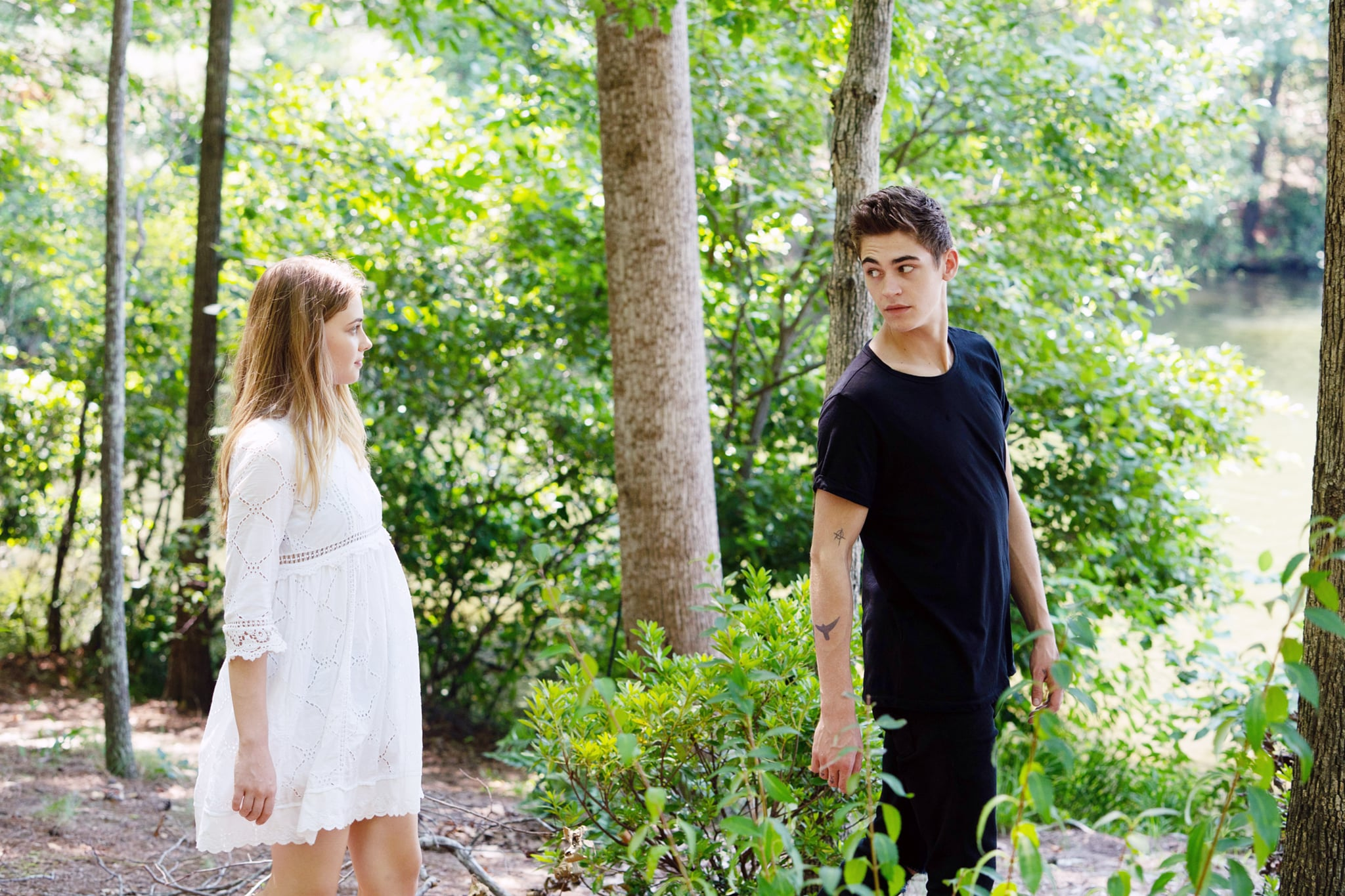AFTER, from left: Josephine Langford, Hero Fiennes Tiffin, 2019. ph: Quantrell D. Colbert/  Aviron Pictures /courtesy Everett Collection