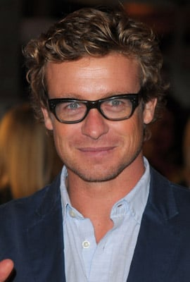 Link Time! Simon Baker Scores Surfer Role