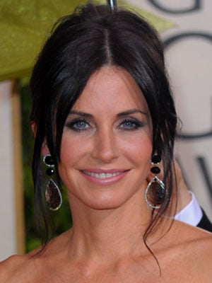 Courteney Cox at the 2010 Golden Globe Awards