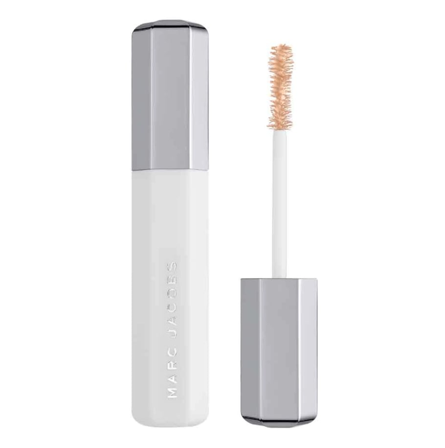 5. Try using an eyelash primer before your mascara!