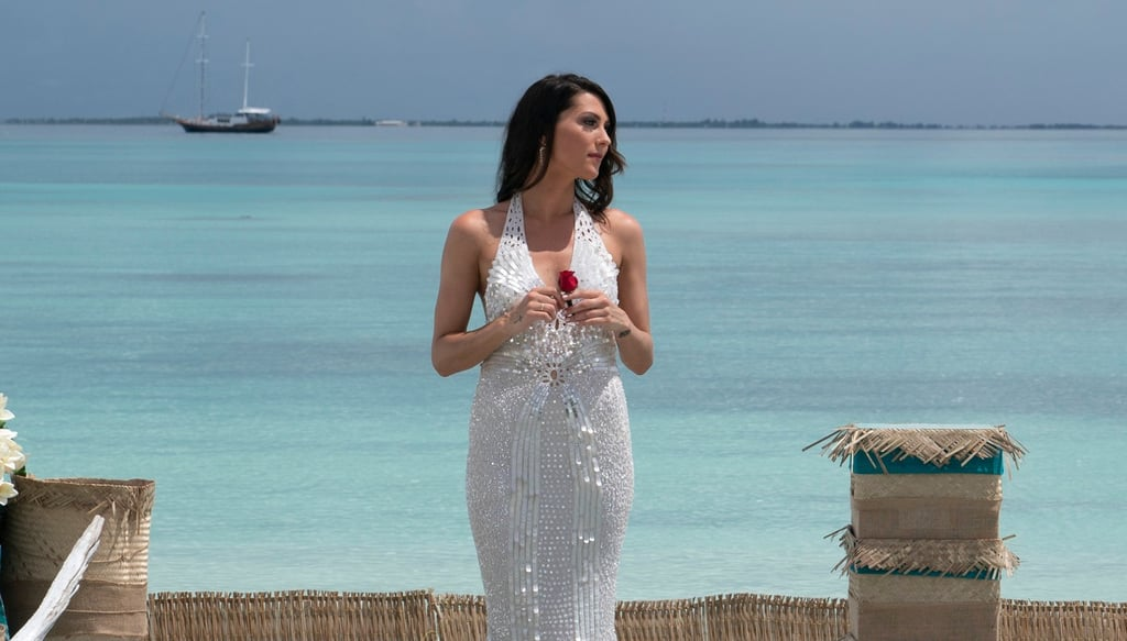 Becca Kufrin S Engagement Ring On The Bachelorette Photos