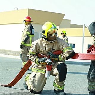 الشارقة تعيّن 15 أنثى كسيدات إطفاء