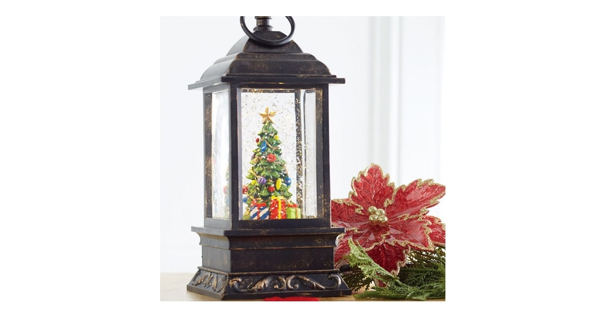 Christmas Tree | These Christmas Water Lanterns Light Up ...