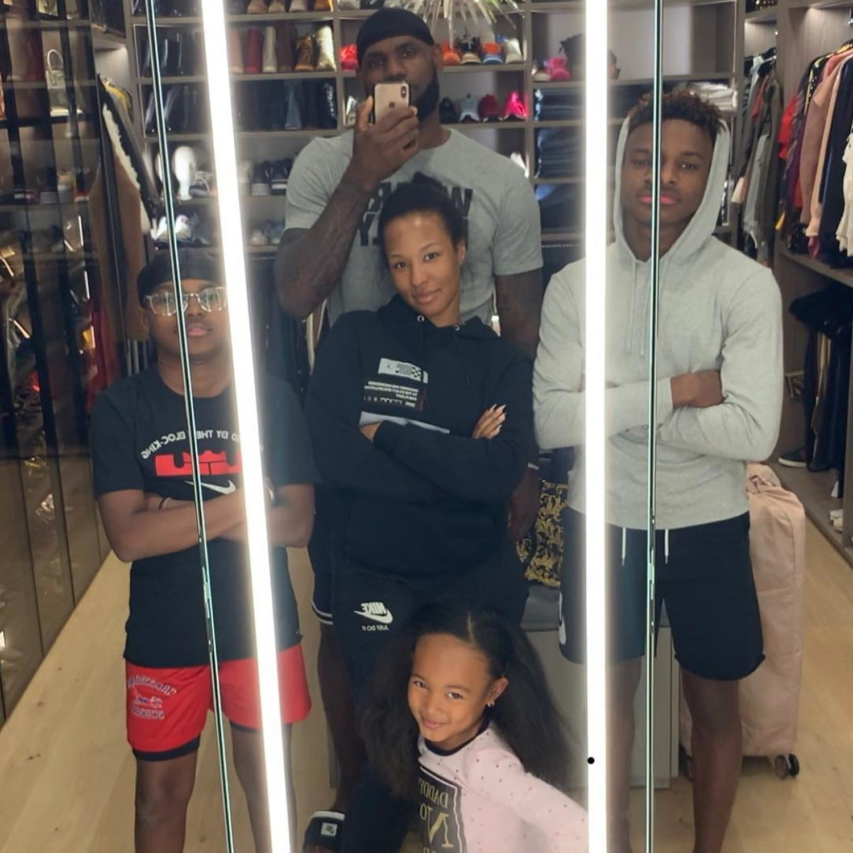 1e78c6daabec LeBron James Family Photo February 2019
