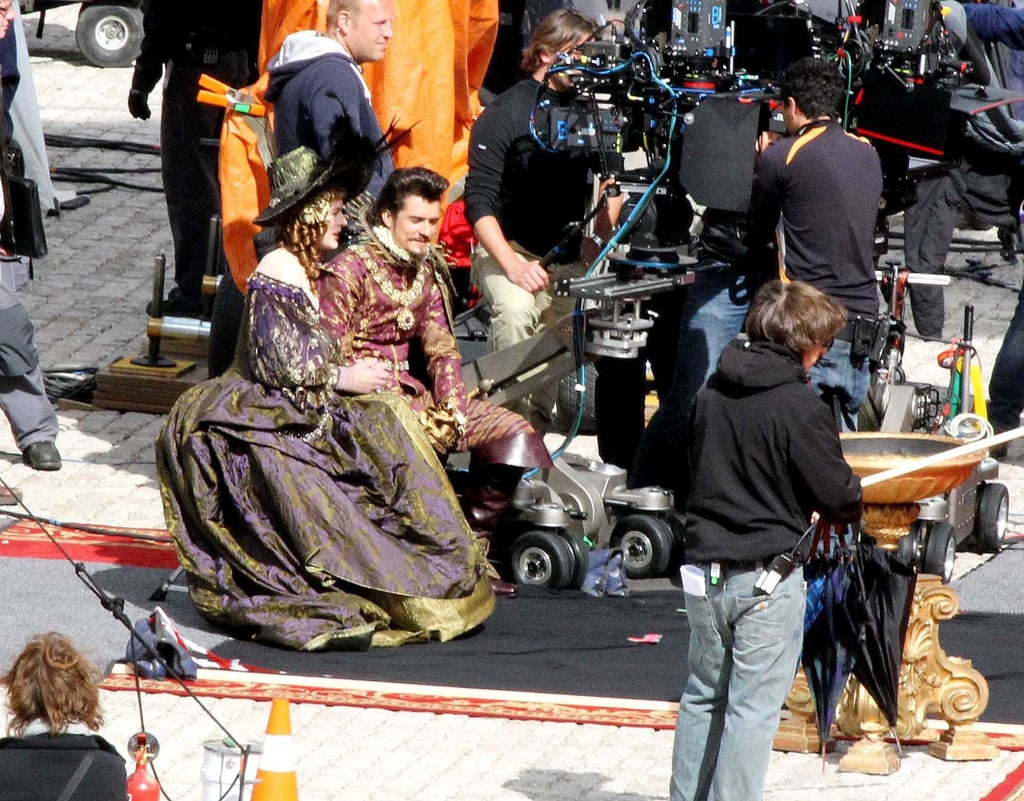Pictures of Orlando Bloom and Milla Jovovich