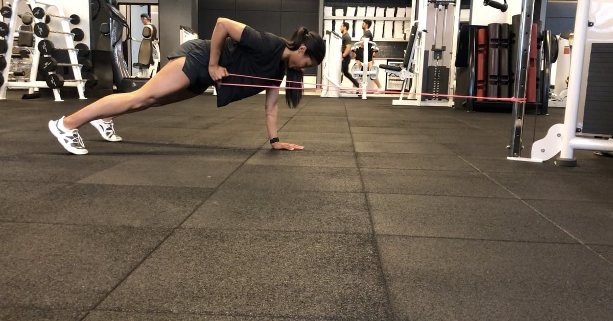 I'm a Trainer, and This Is the Strengthening Exercise That Works My Abs and Back All at Once