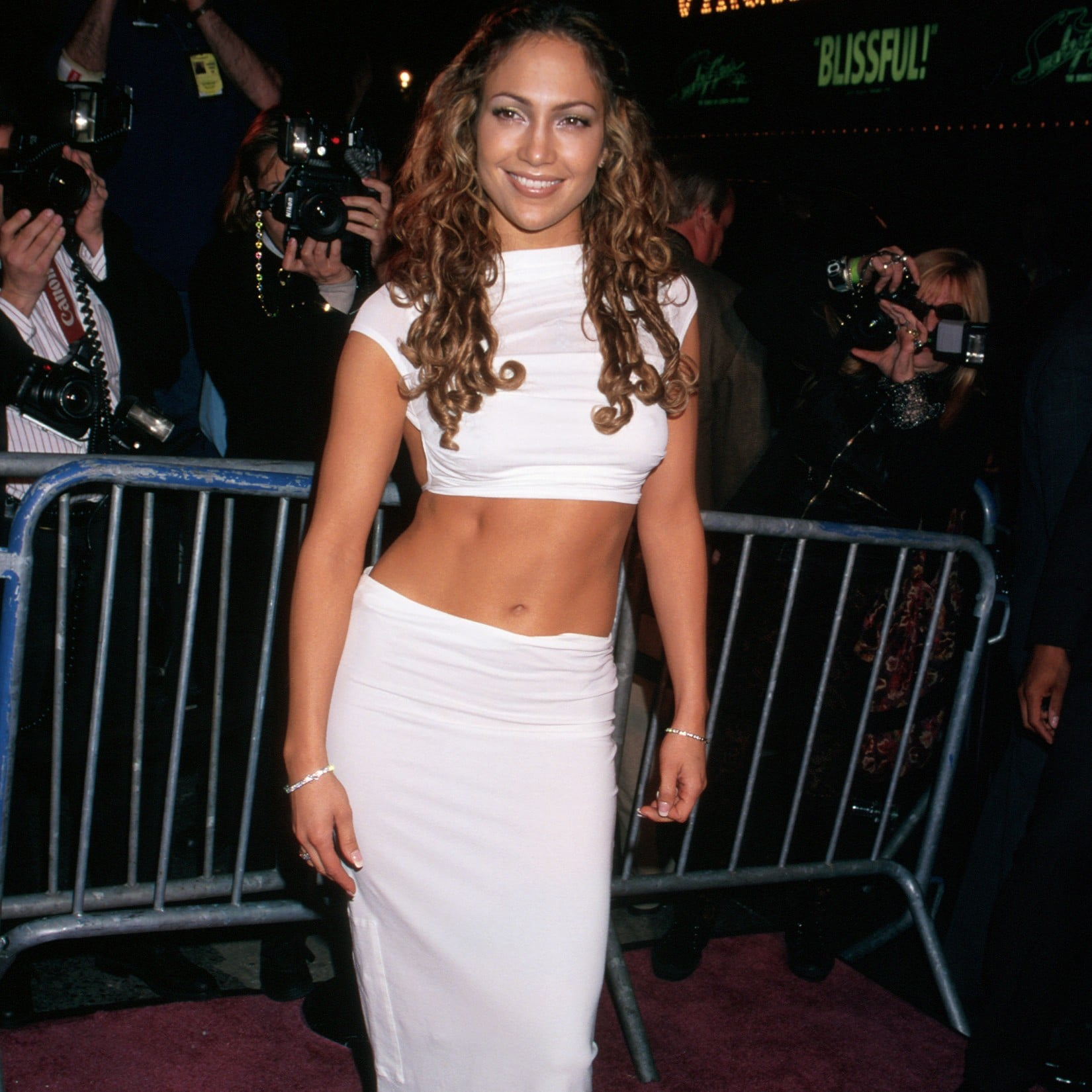 98b09801d970e Jennifer Lopez Wearing White