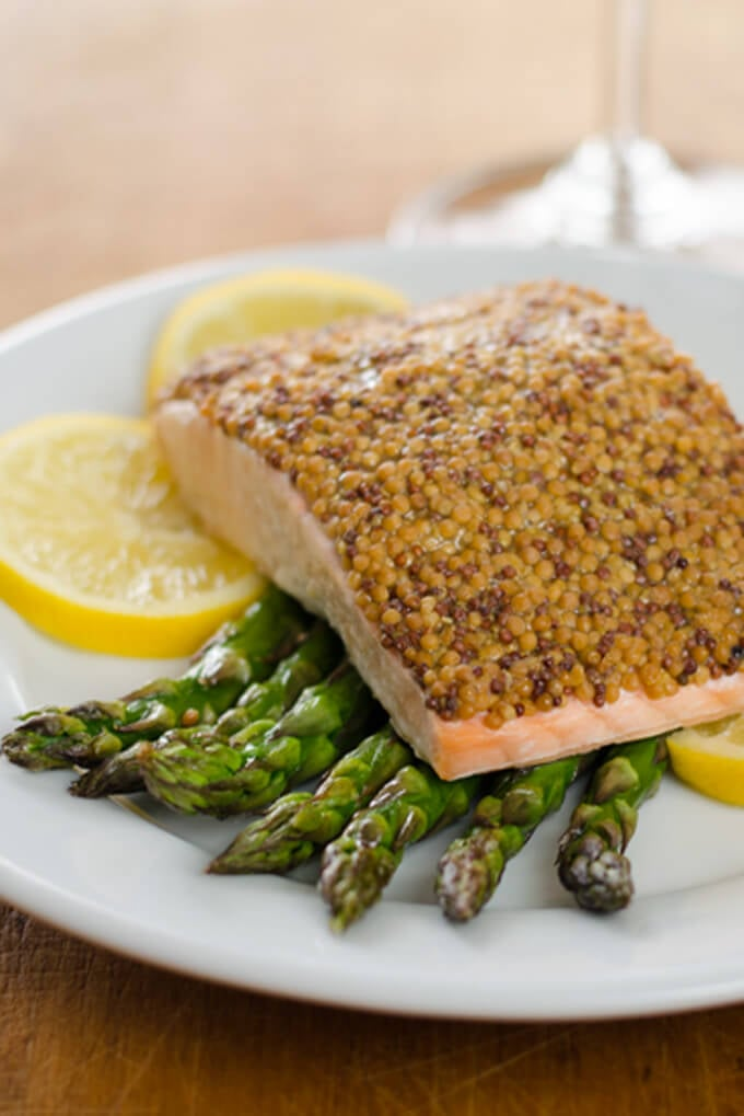 This mustard-crusted salmon and roasted asparagus is a great, quick ...