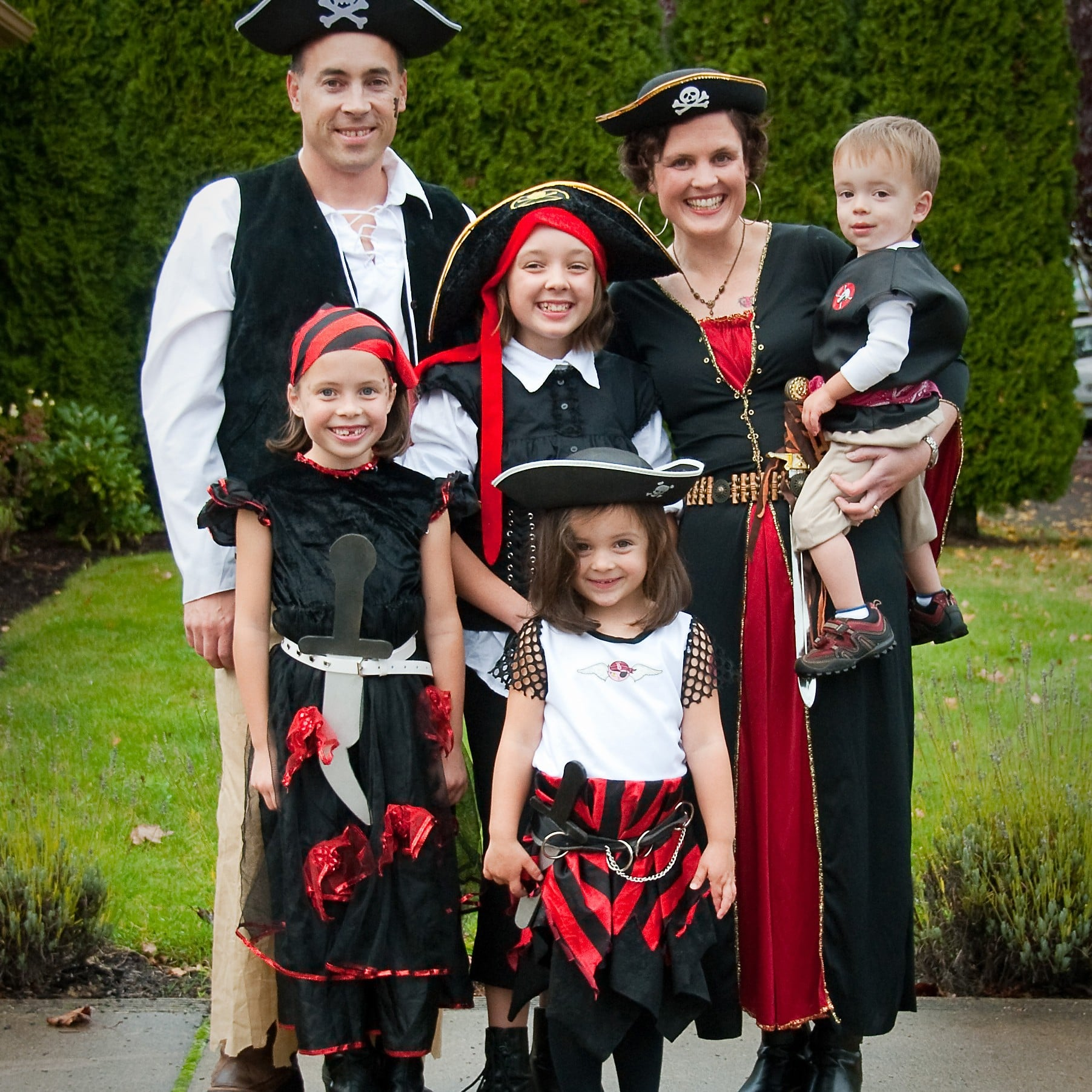 Halloween Costume Ideas For The Family Popsugar Family