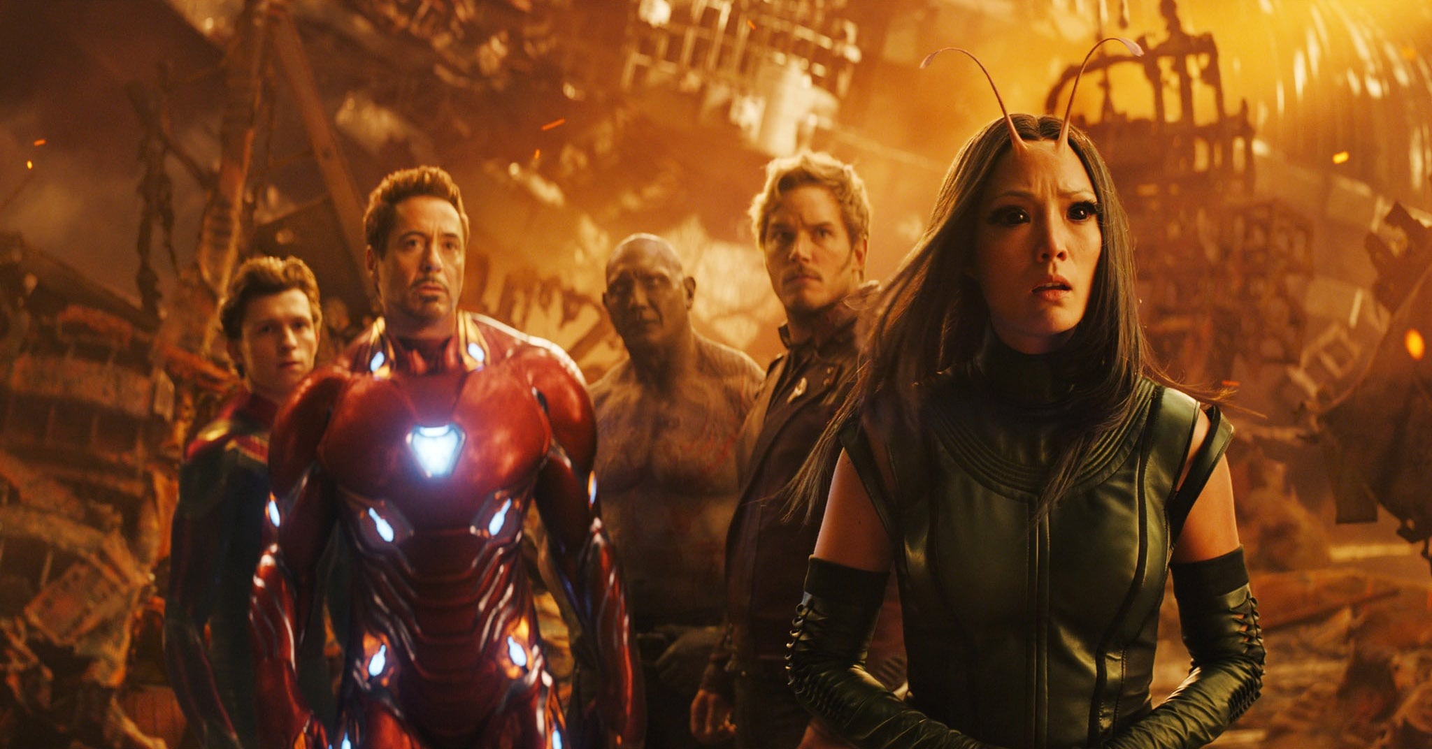 AVENGERS: INFINITY WAR, from left: Tom Holland as Spider-Man, Robert Downey Jr. as Iron Man, Dave Bautista as Drax, Chris Pratt as Peter Quill, Pom Klementieff as Mantis, 2018.  Marvel/  Walt Disney Studios Motion Pictures /Courtesy Everett Collection