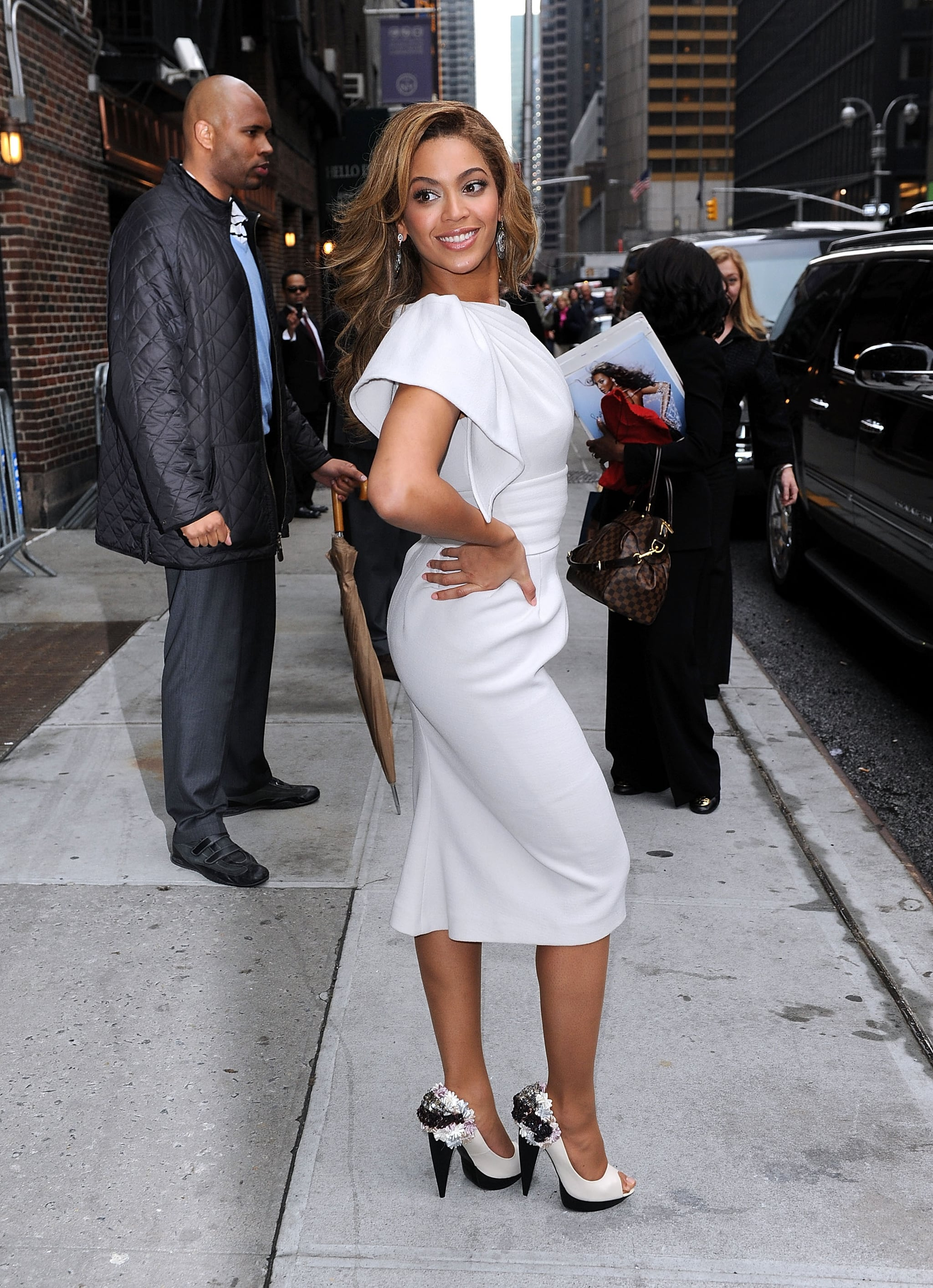 Crazy 88 Auto >> Photos and Video of Beyonce Knowles on Late Night With ...