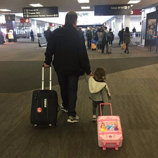 Imgur User Helps People Fly Home For the Holidays