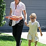 Pregnant Jennifer Garner with Violet Affleck in LA.