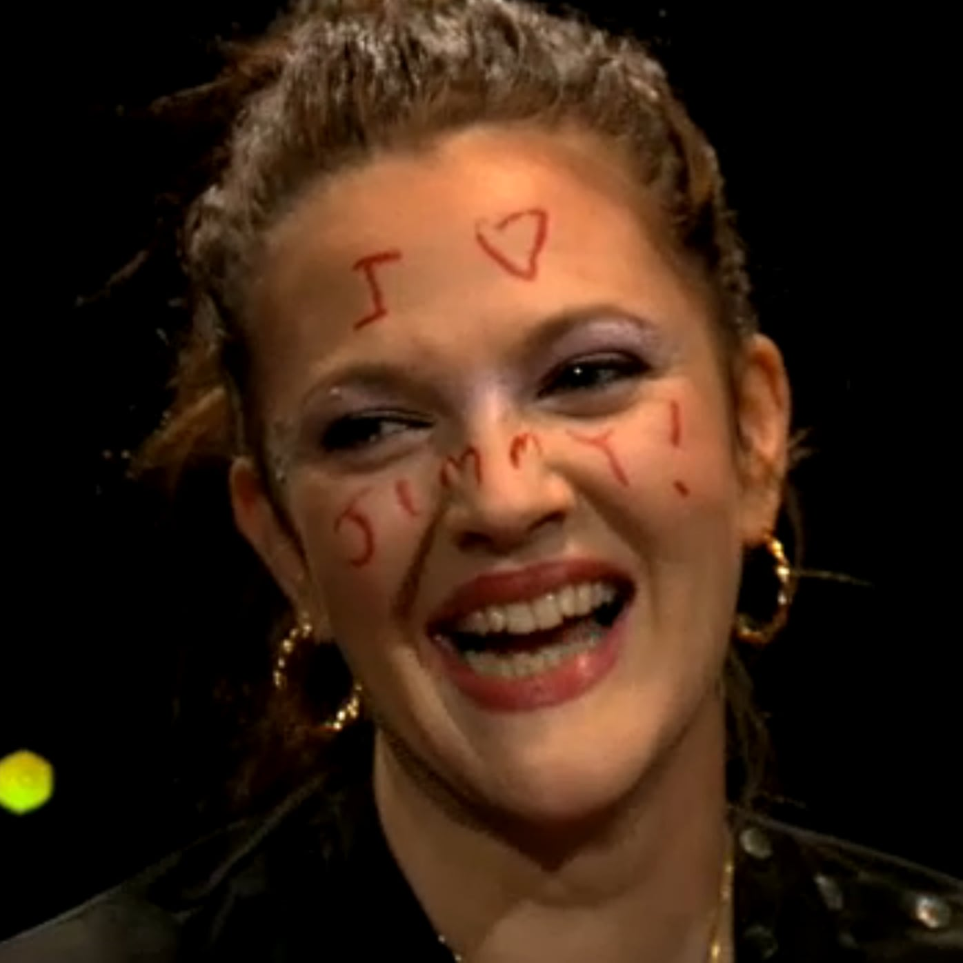 Has drew barrymore had facial paralyzes really