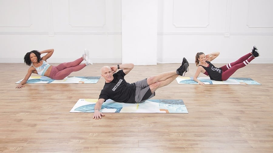 This 30-Minute Jennifer Lopez Workout Is Intense and Intensely Fun!