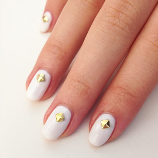 Try a White-Hot Nail Art For Summer