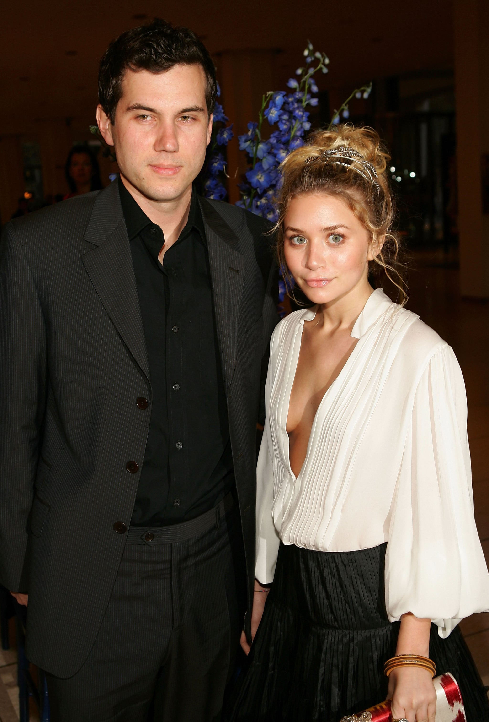 who are the olsen twins dating 2013