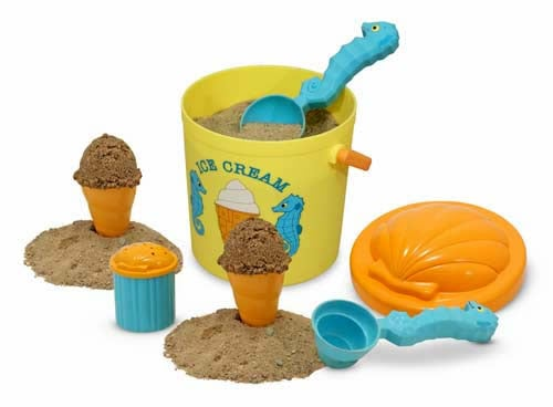 Sunny Patch Speck Seahorse Sand Ice Cream Set ($13)