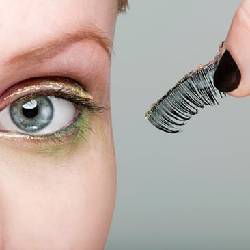 How to Apply Fake Eyelashes