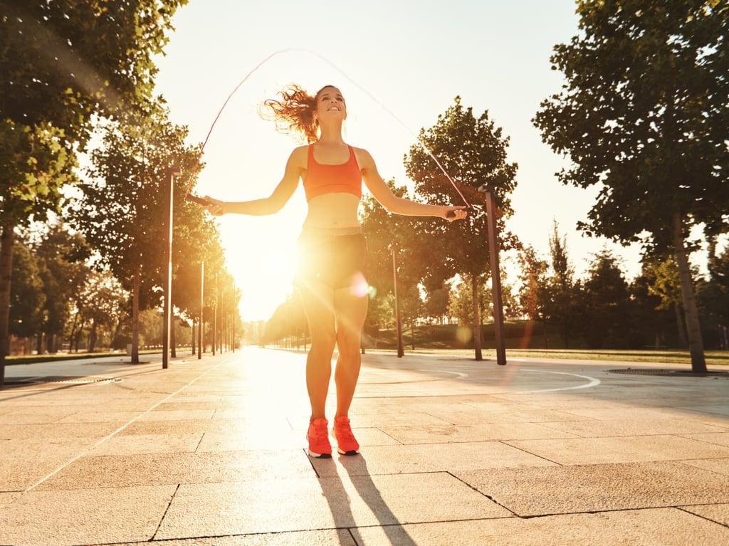 تمرين كروس فيت القفز بالحبل مدته 15 دقيقة لليدين والذراعين