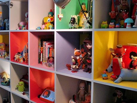 Lil Links: Who Can Say No to Colorful Cubbies?