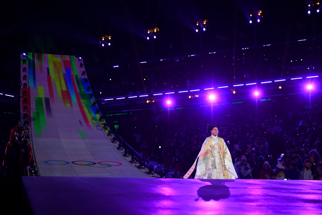 Sumi Hwang performed the Olympic Anthem.