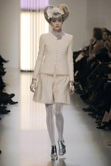 Chanel 2010 Spring Couture Runway Show 2010-01-26 11:59:54 ...