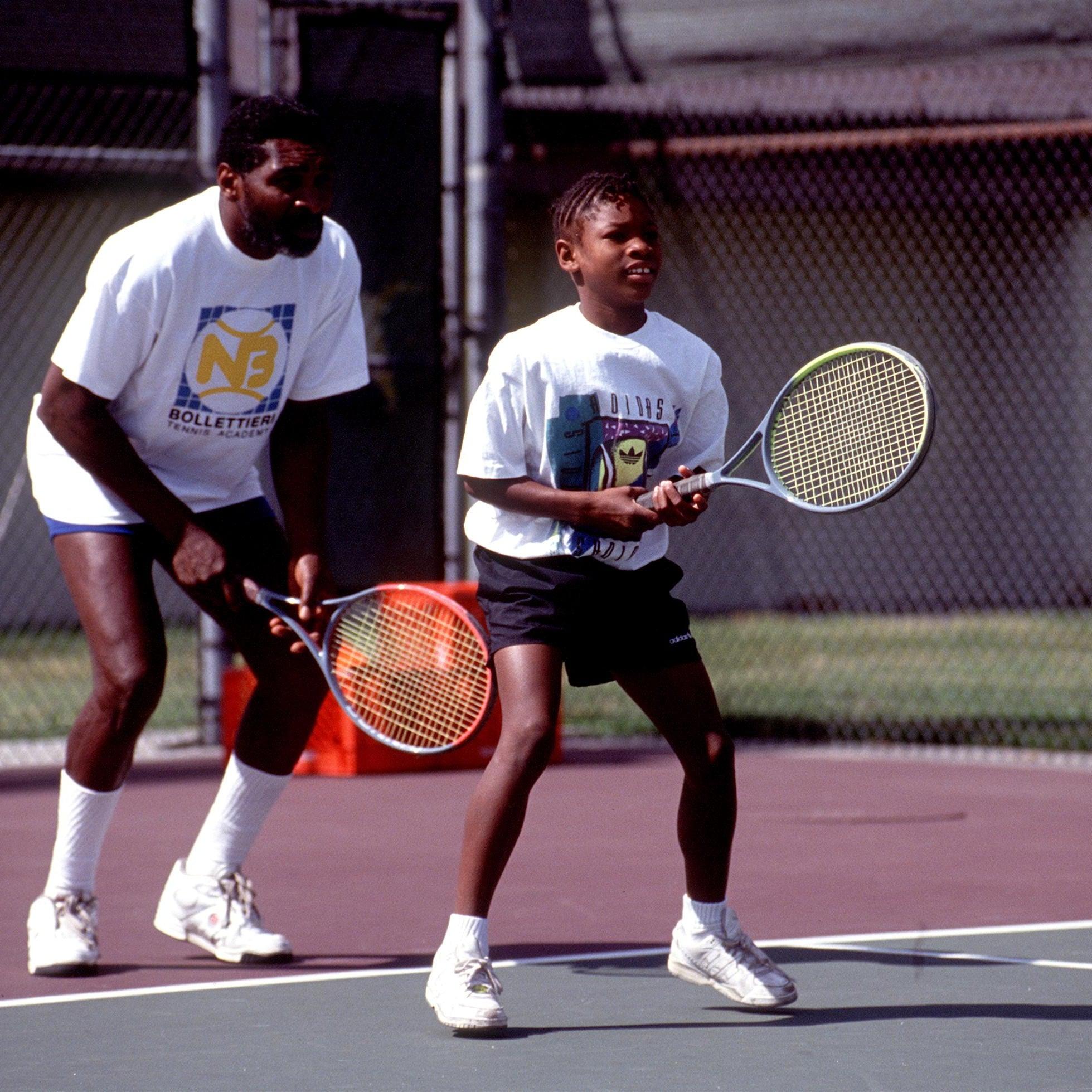 violinista animación cebra  Serena Williams Nike Ad With Home Video of Her Dad   POPSUGAR Family