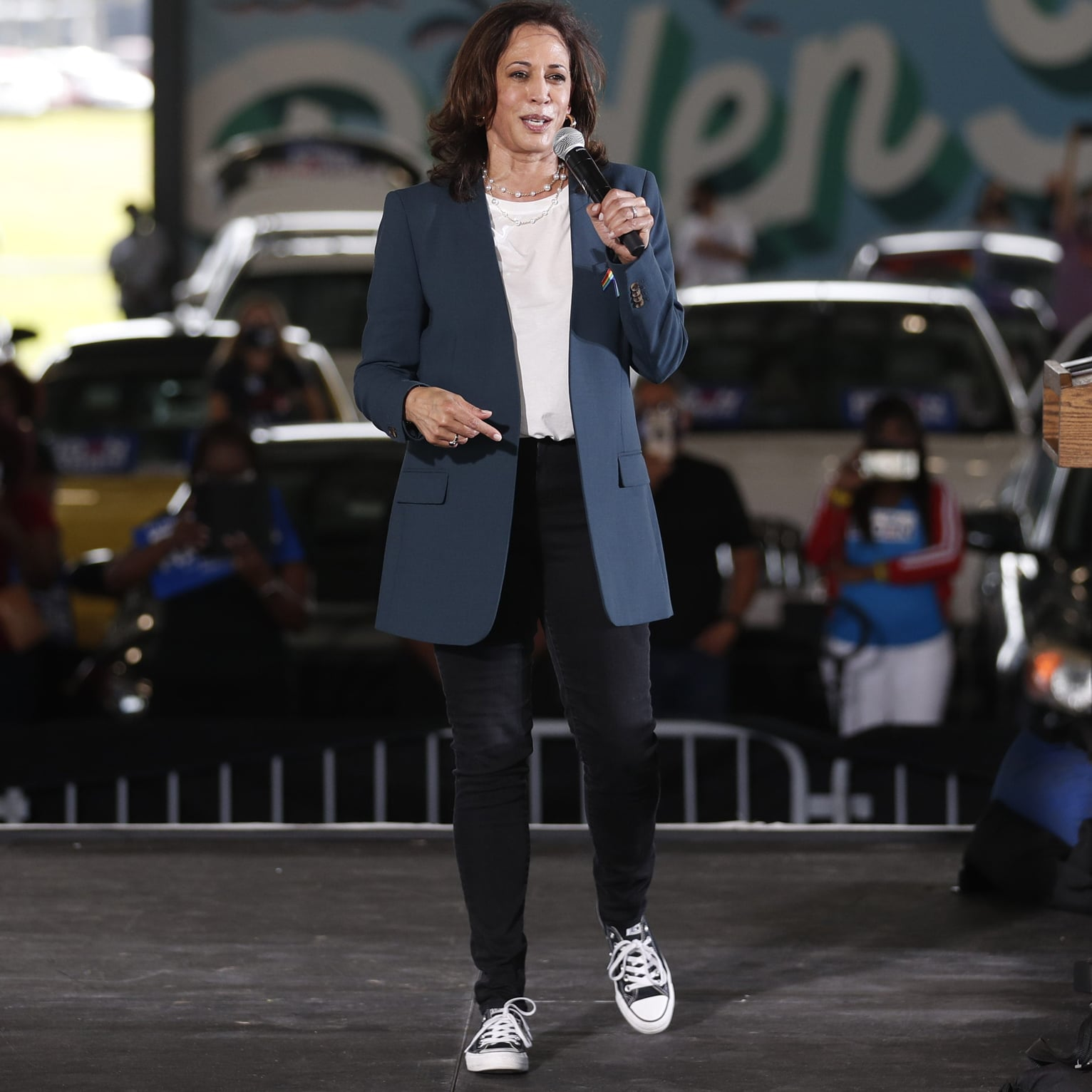 Kamala Harris Dances In The Rain Wearing Converse Sneakers Popsugar Fashion