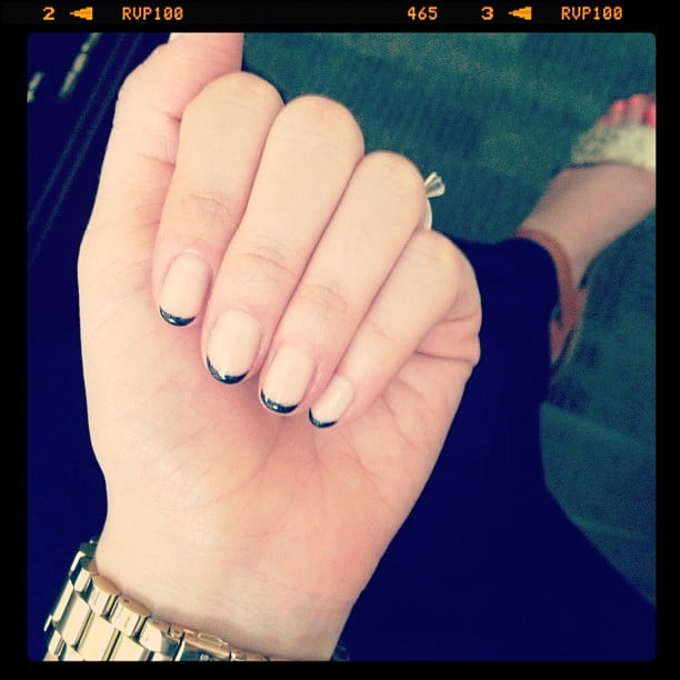 A black-tipped French manicure is an edgy spin on a classic. Source: Instagram user lindsayrutland