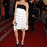 A chic look for a red carpet walk: black and white tiers and ruffles in '06.