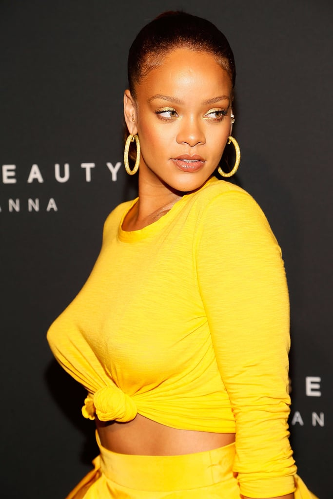"""Rihanna Lets Her Boobs Fly Free After Vowing to Embrace Them """"Before They Go South"""""""