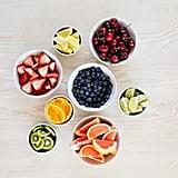 انقعي ثمار التوت بعصير اللّيمون لاستخراج نكهة أقوى منها.