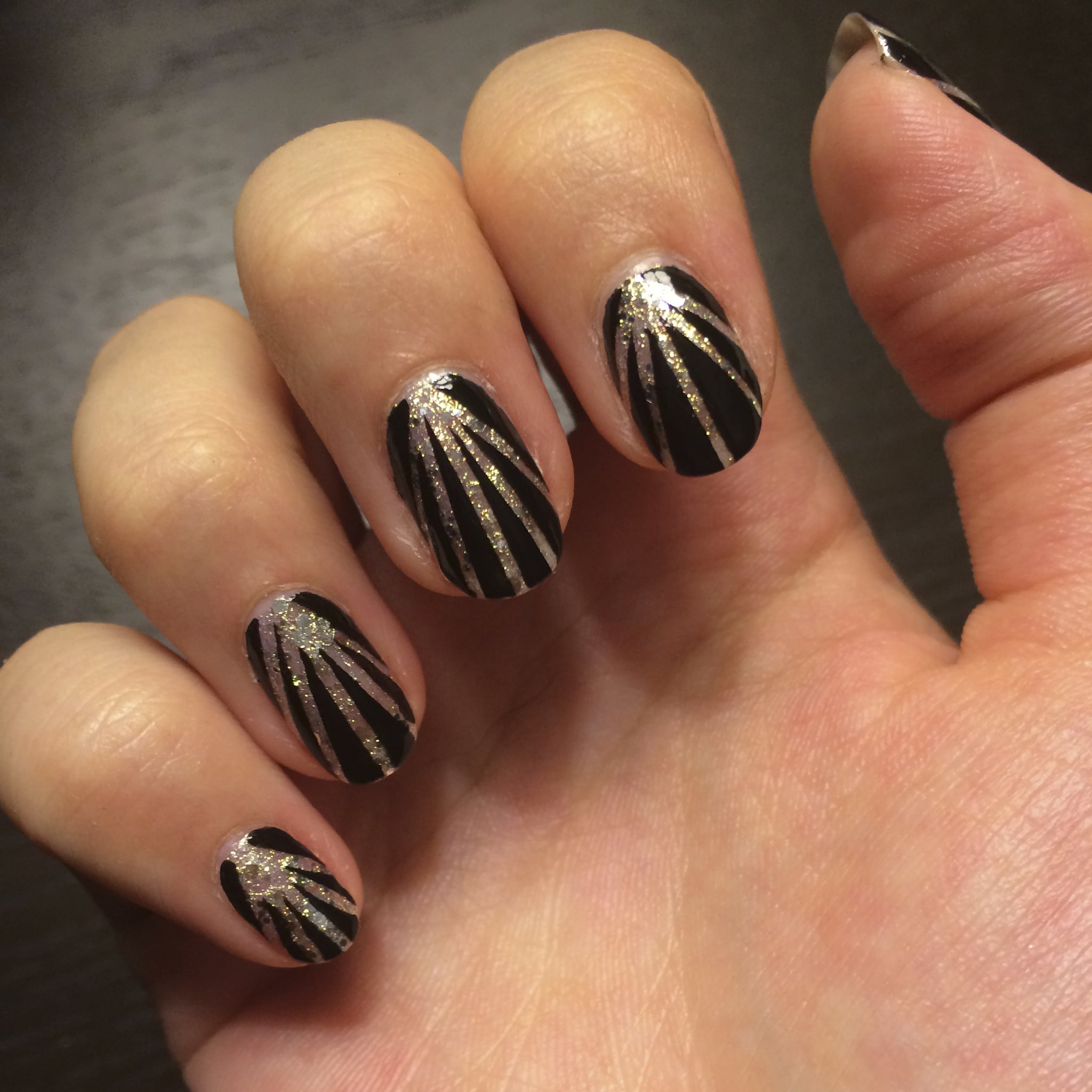 Fireworks nail art popsugar beauty prinsesfo Image collections