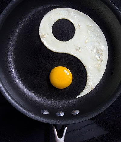 Yummy Link: Yin and Yang Egg