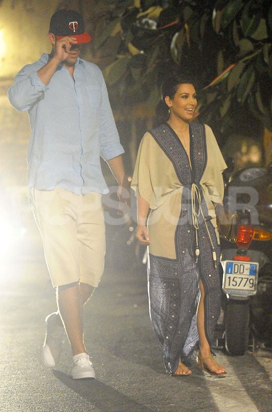 Kim Kardashian and Kris Humphries dined at a restaurant off the Amalfi Coast.