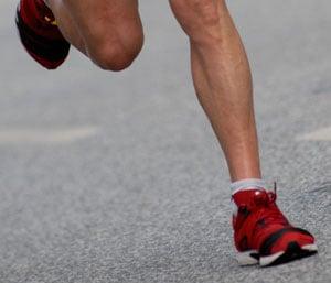 Shin Splints Vs Lower Leg Stress Fracture Popsugar Fitness