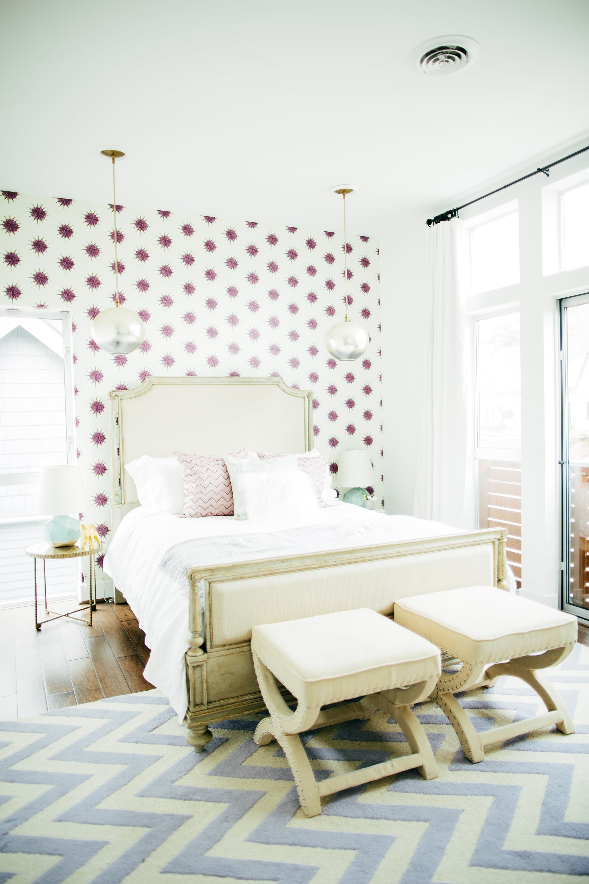 wallpaper an accent wall ingenious designer decorating