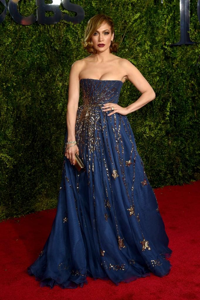 Jennifer Lopez Wearing Valentino to the 2015 Tony Awards