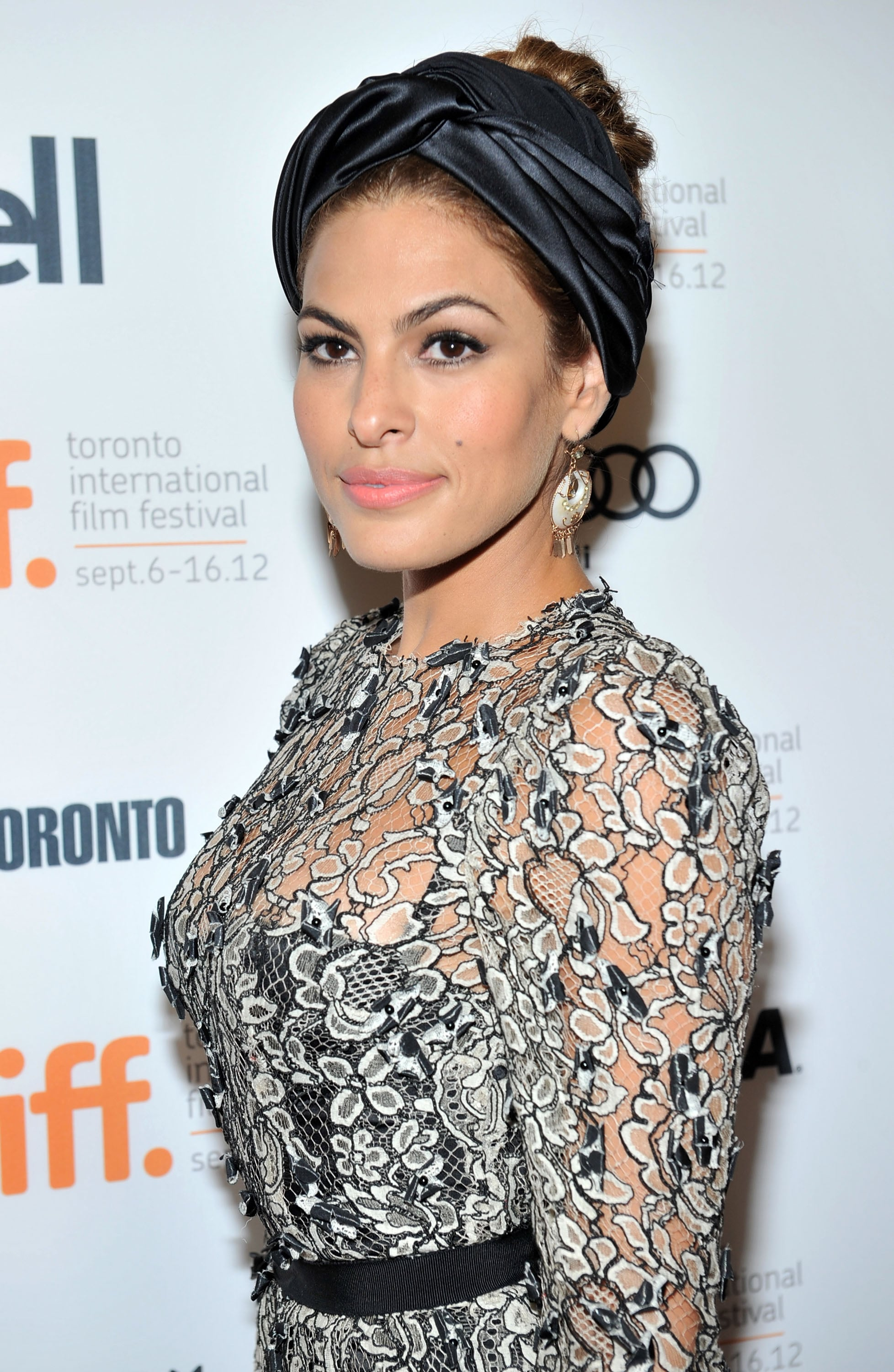TORONTO, ON - SEPTEMBER 07: Actress Eva Mendes attends
