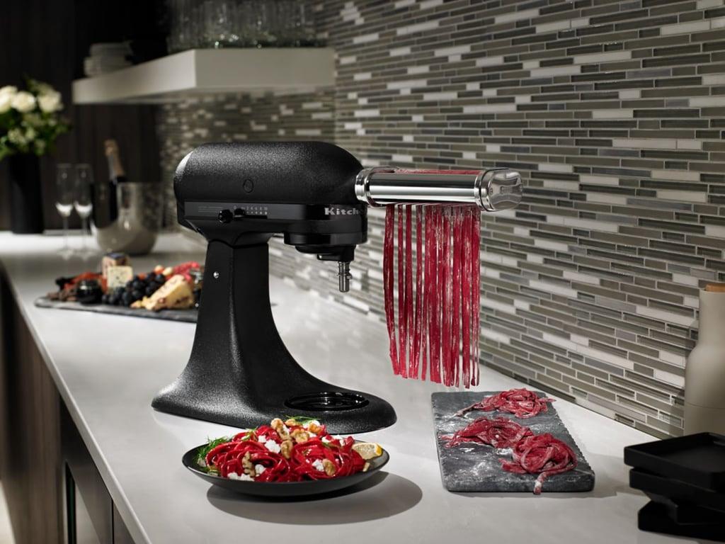 Superbe All Black KitchenAid Mixer