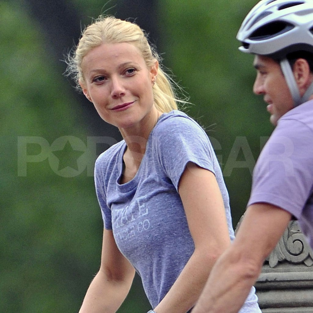 Gwyneth Paltrow on the NYC set of Thanks For Sharing.