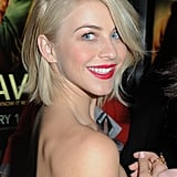 At the Toronto premiere of Safe Haven in January, Julianne's hair was full of bouncing body with a deep side part.